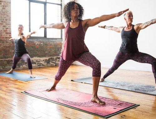 8 Factors to Consider When Choosing a Yoga Mat